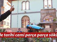 Rize'de tarihi cami parça parça sökülüyor