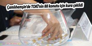 Çamlıhemşin'de TOKİ'nin 88 konutu için kura çekildi