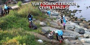 Rize'de yurt öğrencilerinden çevre temizliği