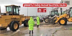 Şiddetli yağış Pazar'da etkili oldu