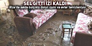 Rize'de selde balçıkla dolan cami ve evler temizleniyor