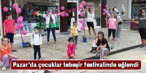 Pazar'da çocuklar tebeşir festivalinde eğlendi