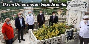 Eski Belediye Başkanı Ekrem Orhon mezarı başında anıldı
