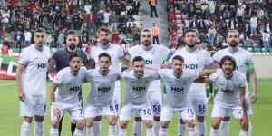 Pazarspor Diyarbakır'da 3 puan bıraktı